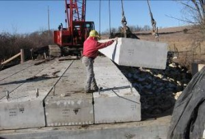 Precast concrete box girders